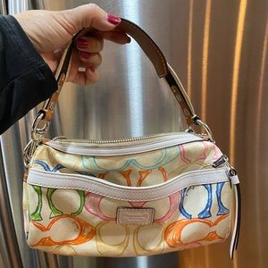 Small coach handbag